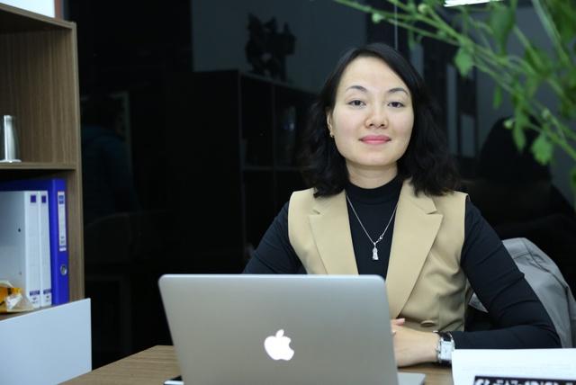 Bà Lại Thu Hương.