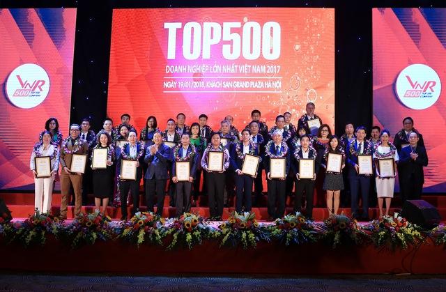 Đất Xanh xuất sắc vinh danh Top 500 doanh nghiệp lớn nhất Việt Nam năm 2017 - Ảnh 1.