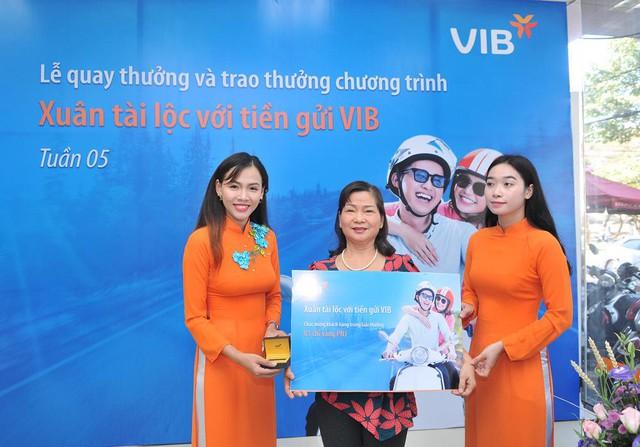 Gần 600 khách hàng đã trúng vàng khi gửi tiết kiệm tại VIB - Ảnh 1.