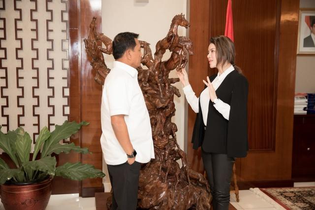 Lý Nhã Kỳ gặp gỡ Chánh Văn phòng Phủ Tổng thống Indonesia - Ảnh 3.
