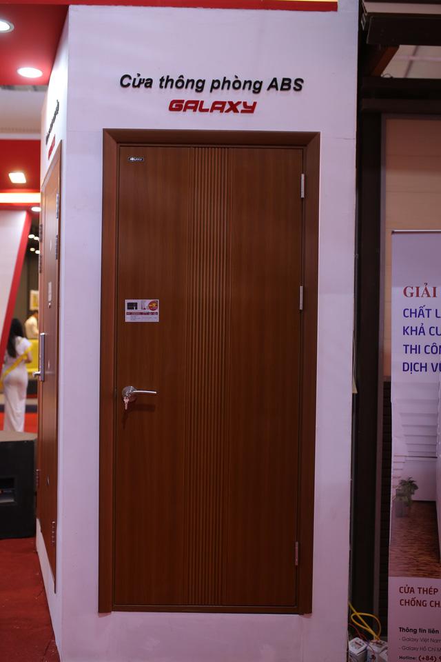 Galaxy Door tiếp tục ghi dấu ấn và song hành cùng Vietbuild 2018 - Ảnh 1.