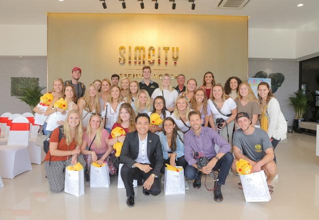 SIMCity Premier Homes đưa bất động sản Việt Nam vươn tầm quốc tế - Ảnh 2.