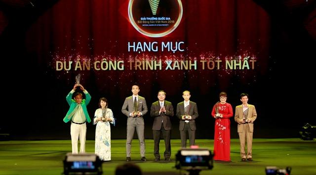 Tập đoàn FLC đoạt giải Nhà phát triển bất động sản uy tín nhất Việt Nam năm 2018 - Ảnh 2.