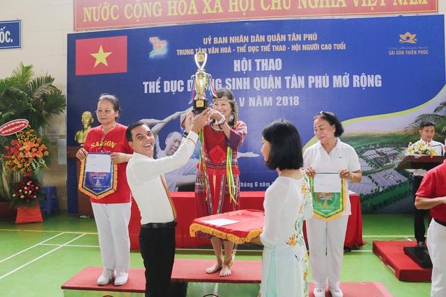 Sài Gòn Thiên Phúc chăm lo tinh thần cho người cao tuổi - Ảnh 4.