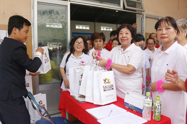 Sài Gòn Thiên Phúc chăm lo tinh thần cho người cao tuổi - Ảnh 6.