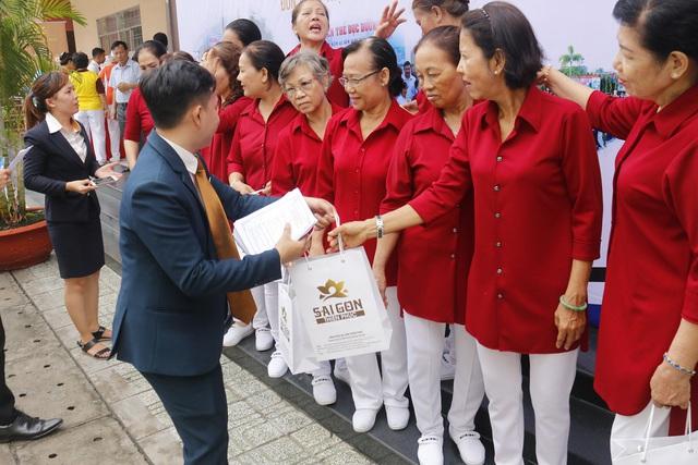 Sài Gòn Thiên Phúc chăm lo tinh thần cho người cao tuổi - Ảnh 7.