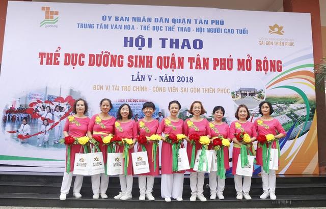 Sài Gòn Thiên Phúc chăm lo tinh thần cho người cao tuổi - Ảnh 8.