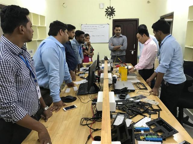 Việt Nam khẳng định vị thế tại triển lãm CES 2018 với loa thông minh MILO - Ảnh 2.