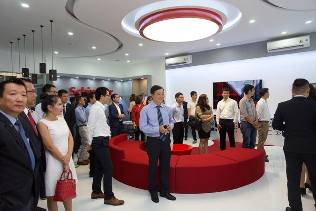 Schindler Việt Nam mở rộng thị trường: Khai trương Sale Showroom đầu tiên tại Việt Nam - Ảnh 2.