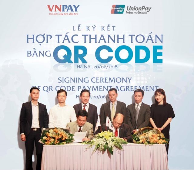 UnionPay bắt tay VNPAY phát triển thanh toán QR CODE tại Việt Nam - Ảnh 1.