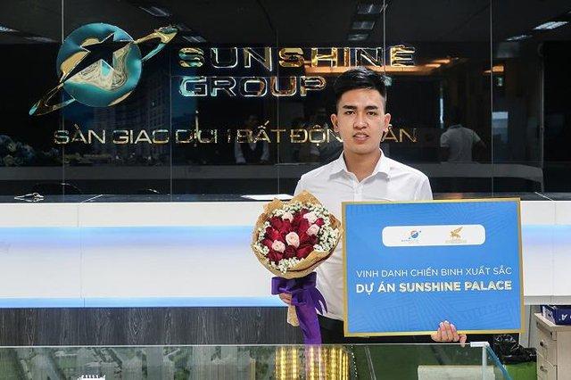 """Sunshine Group tổ chức vinh danh và trao thưởng các """"chiến binh"""" kinh doanh xuất sắc - Ảnh 2."""