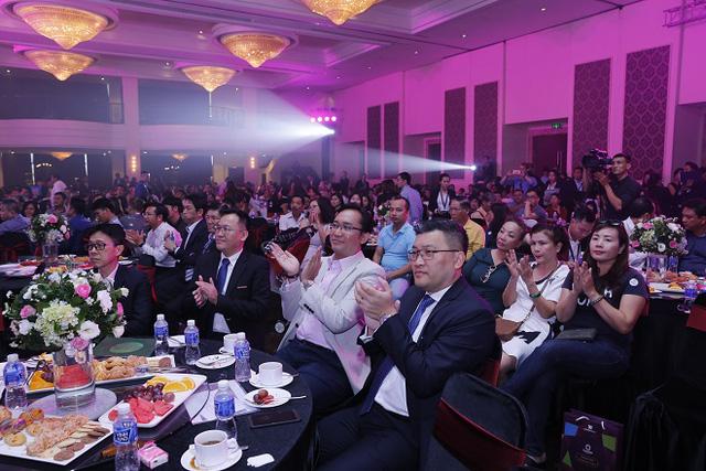 Lễ mở phân phối Diamond Alnata lôi kéo hơn 1.000 bạn đến tham dự - Ảnh 1.