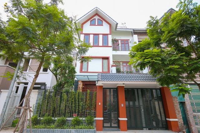 Thị trường bất động sản phía Tây Hà Nội ngày càng sôi động - Ảnh 2.