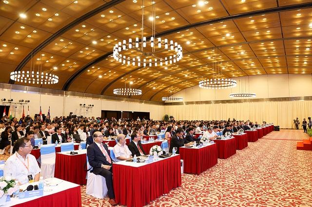 bất động sản ứng dụng công nghệ 4.0 của Sunshine Group xuất hiện ấn tượng ở Hội nghị quốc tế IREC 2018 - Ảnh 2.