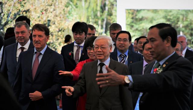 Bà Thái Hương nói về Thống đốc tỉnh Kaluga: Một người luôn truyền cảm hứng, thắt chặt tình nghĩa và trọng trách - Ảnh 2.