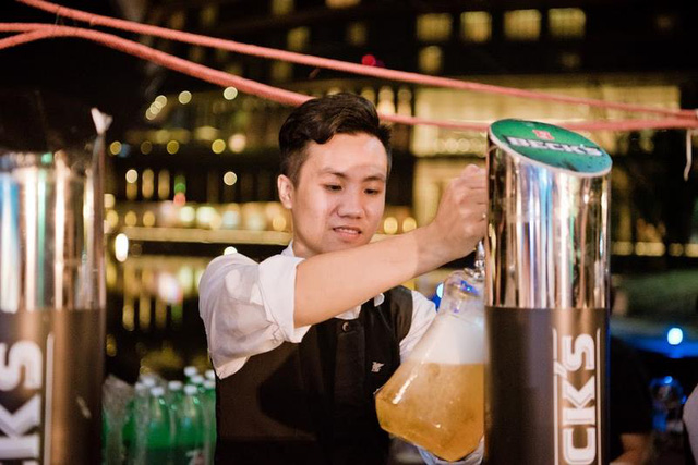 Trải nghiệm sự kiện Oktoberfest chính thống tại Việt Nam - Ảnh 1.