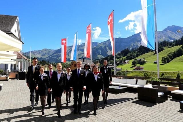 Marina Hotel .JSC bắt tay có Tập đoàn danh tiếng Thụy Sĩ hoạt động condotel Nha Trang - Ảnh 1.