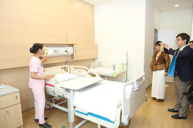 Bệnh viện AIH đưa vào hoạt động phòng sinh tiêu chuẩn Mỹ LDRP tại Việt Nam - Ảnh 1.