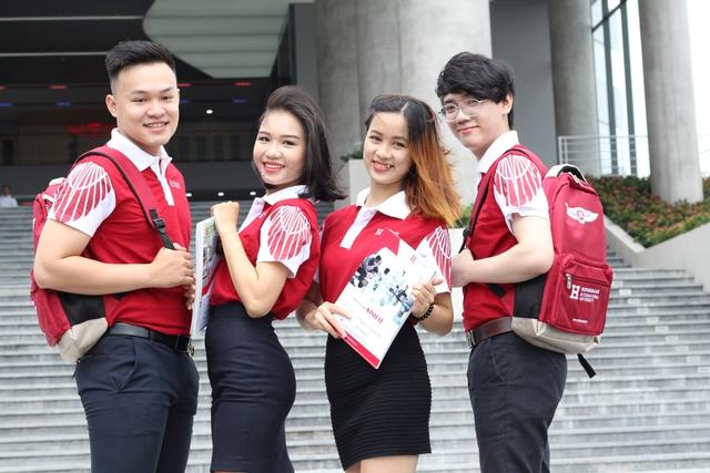 """NGND.PGS.TS Hồ Thanh Phong: Biến """"sáng tạo"""" thành lợi thế cạnh tranh xuất sắc của trường Đại học quốc tế Hồng Bàng - Ảnh 1."""