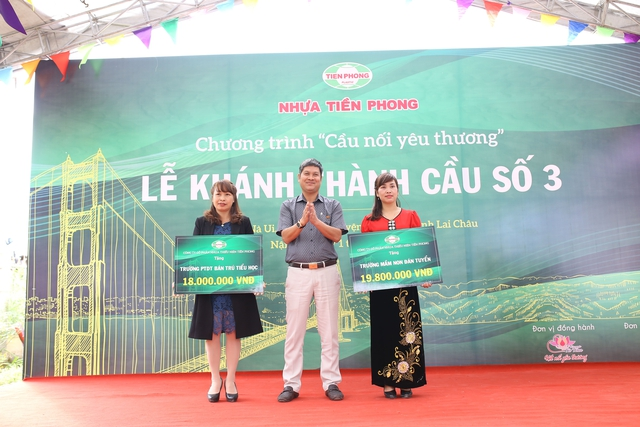 Nhựa Tiền Phong khánh thành cây cầu yêu thương số 3 tặng bà con xã Nậm Sỏ, Lai Châu - Ảnh 1.