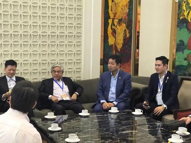 """Ông Phạm Văn Tam gặp khó khi ngồi """"ghế nóng"""" cuộc thi khởi nghiệp - Ảnh 2."""