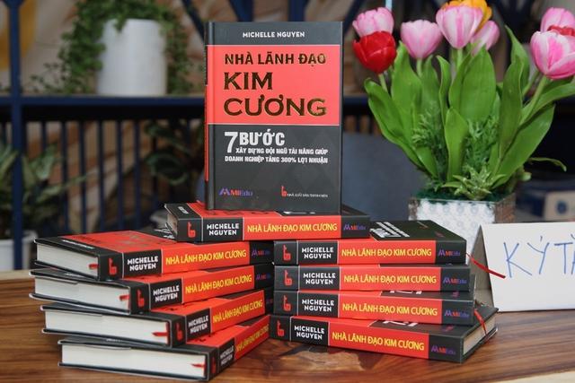 """Ra mắt sách """"Nhà Lãnh Đạo Kim Cương"""" giúp Doanh nghiệp tăng 300% lợi nhuận - Ảnh 1."""