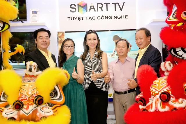 Điện tử Việt Hoa – Trung tâm bảo hành ủy quyền chính hãng AKINO - Ảnh 2.