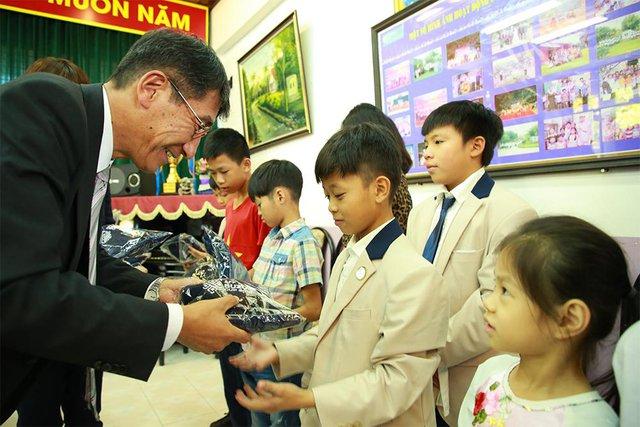 Việt Nam Suzuki đồng hành cùng bóng đá nước nhà vươn tầm thế giới - Ảnh 1.