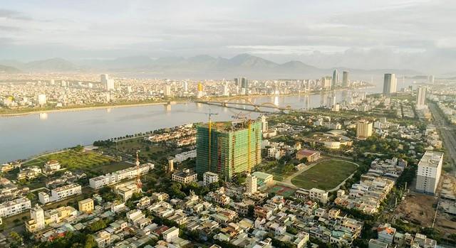 Sức hút từ nhà đầu tư nước ngoài tới dự án căn hộ ven sông Hàn Monarchy – Đà Nẵng - Ảnh 1.