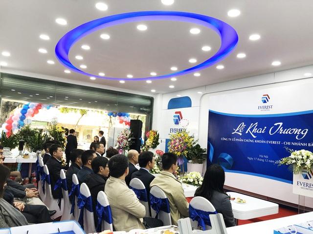 CTCP Chứng khoán Everest chính thức khai trương Chi nhánh Bà Triệu - Ảnh 2.