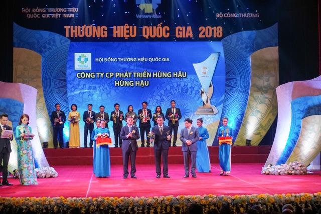 Hùng Hậu giữ vững thương hiệu Quốc gia - Ảnh 1.