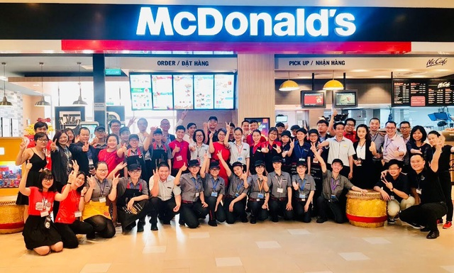 McDonald's Việt Nam rộn ràng khai trương cửa hàng thứ 18 tại Aeon Celadon Tân Phú - Ảnh 2.
