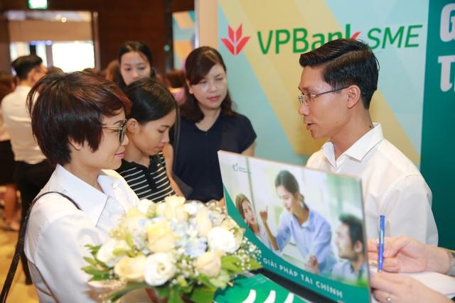 Đi tìm ngân hàng tốt cho doanh nghiệp vừa và nhỏ - Ảnh 2.