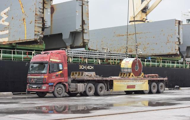 Tôn Hoa Sen đón năm 2019 bằng lô hàng 17.000 tấn tôn xuất khẩu đi Mỹ