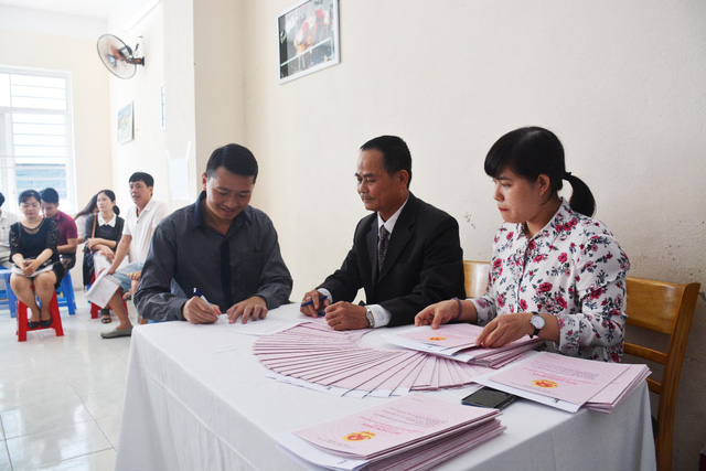 Vicoland tiếp tục bàn giao sổ hồng cho bạn ở Đà Nẵng và Huế - Ảnh 2.