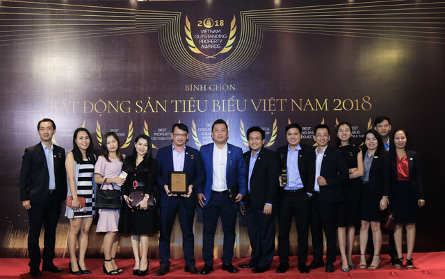 """DKRA Vietnam hai năm liên tiếp được vinh danh """"Nhà phân phối bất động sản tiêu biểu"""" - Ảnh 2."""