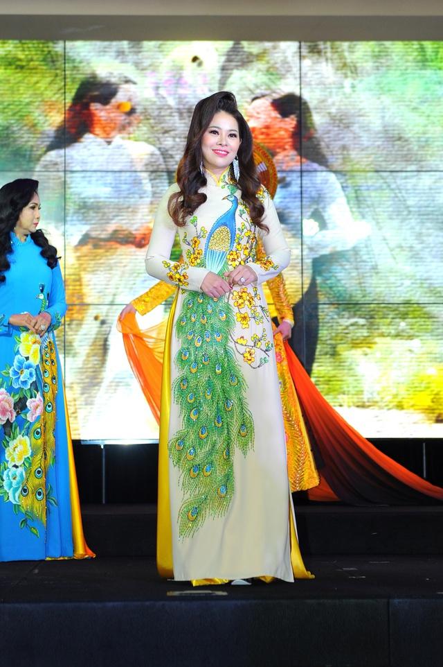Boss cao gừng – Hoàng Thị Mỹ Phương đạt 2 danh hiệu Hoa hậu - Á Hậu 1 cuộc thi Hoa hậu thế giới doanh nhân 2019 - Ảnh 1.