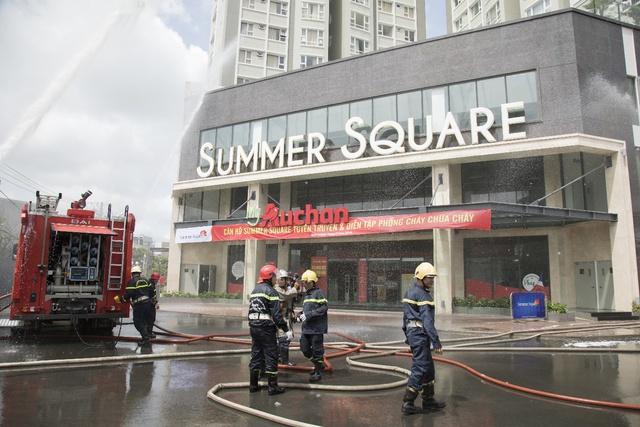 Gotec Land bàn giao sổ hồng cho cư dân dự án Summer Square - Ảnh 2.