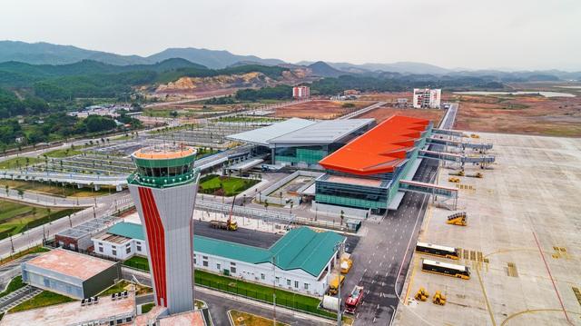 Hàng loạt thỏa thuận được ký kết, sân bay Vân Đồn đặt tham vọng cho thị trường quốc tế - Ảnh 1.