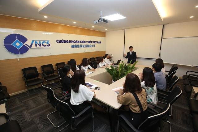 CTCP Chứng khoán Kiến thiết Việt Nam bắt đầu hành trình mới - Ảnh 2.