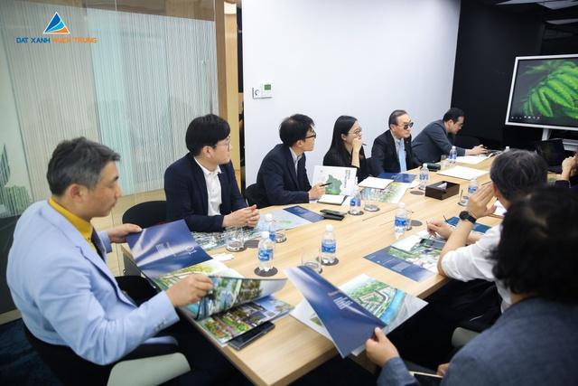 Dự án đất xanh miền Trung lôi kéo 1 số nhà đầu tư nước ngoài - Ảnh 1.