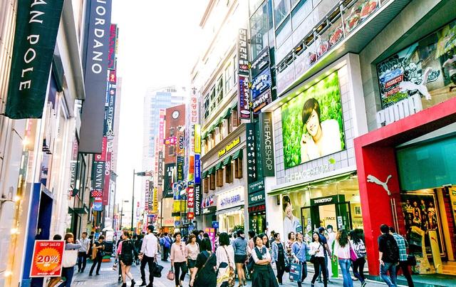 Du lịch mua sắm gia tăng giá trị cho bất động sản - Ảnh 1.