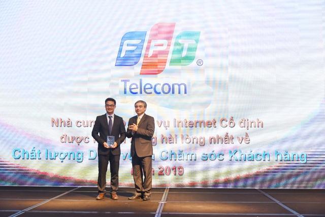 FPT Telecom đứng Top đầu giải thưởng về Dịch vụ và Chăm sóc khách hàng - Ảnh 1.