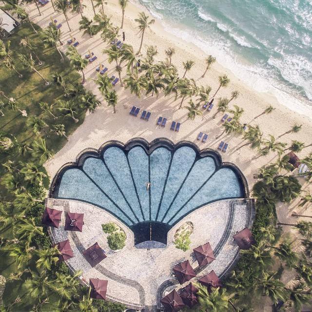 Phát hiện một địa điểm nghỉ dưỡng đẹp như thiên đường ngay tại Việt Nam
