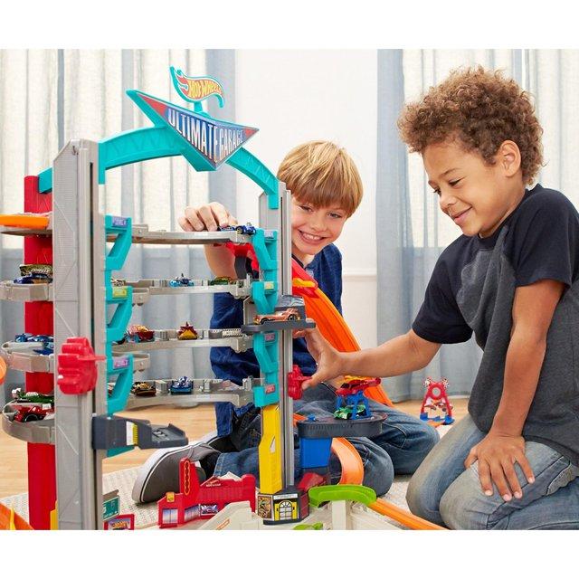 Hãy là bậc phụ huynh thông thái từ cách chọn đồ chơi cho con - Ảnh 1.