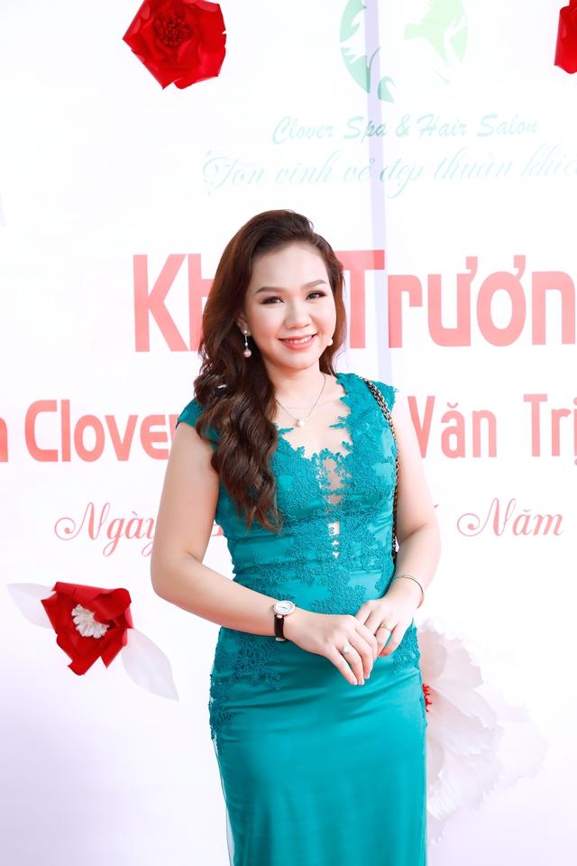MC Xuân Hiếu chia sẻ bí quyết làm đẹp - Ảnh 1.