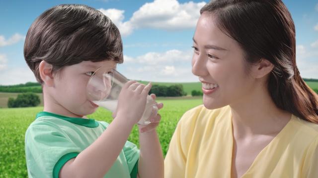 GrowPLUS+ của NutiFood trở thành sản phẩm bán chạy số 1 Việt Nam - Ảnh 2.