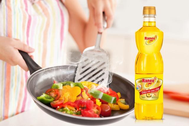 3 mẹo kiểm tra dầu ăn chất lượng ngay tại nhà không nên bỏ qua - Ảnh 2.