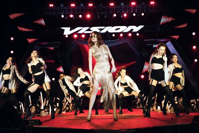 Sự kiện Honda VISION STEPS OF GLORY 2017 đạt kỷ lục mới với hơn 100.000 khán giả tham gia - Ảnh 5.