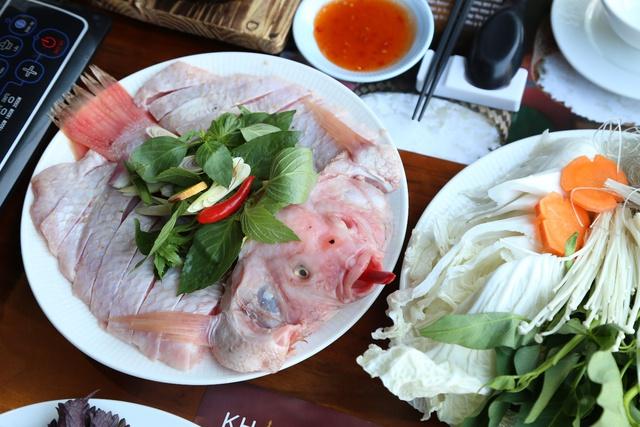 Thưởng thức lẩu cá nghịch nước hấp dẫn chỉ 0đ tạo Khao Lao – Nhà hàng Lào - Ảnh 3.